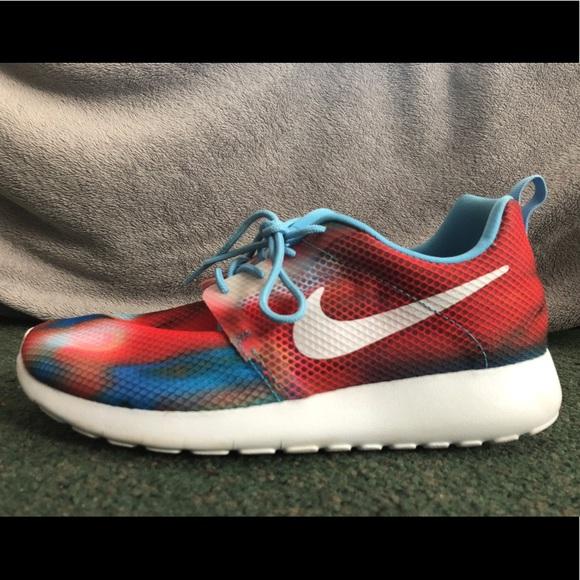 590ca4cd791a3 Red, white, & blue Nike Roshe Runs. M_5a5fb73ba6e3eae3a8890437